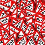give-way-sign-1174114__180