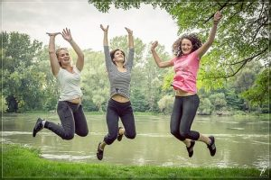 jumping-444612__340