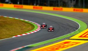 car-racing-1404063_960_720