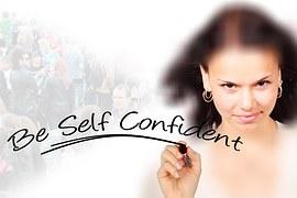 woman-1568709__180 vertrouwen